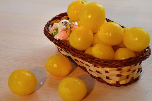 Помидоры желтые