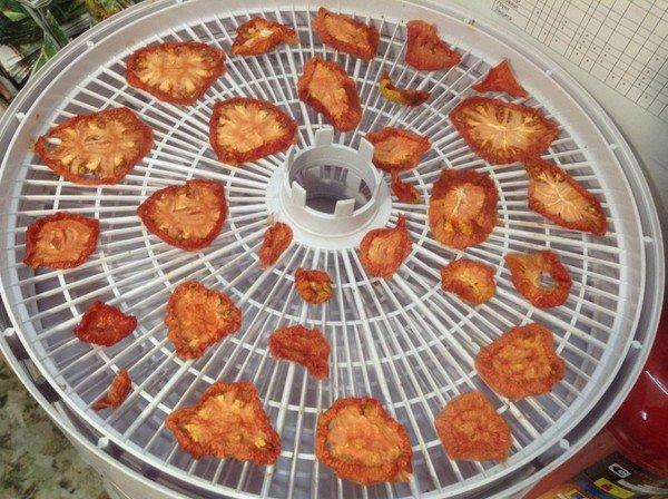 вяленные помидоры черри
