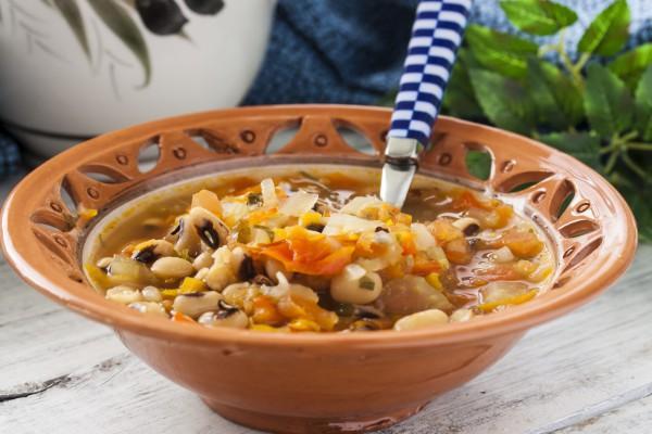 греческая закуска с фасолью на зиму