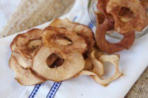 Лучшие рецепты для сушки яблок на зиму в домашних условиях, какие фрукты выбрать