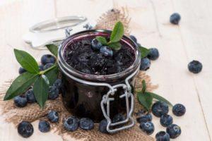 Простые рецепты приготовления джема из голубики «пятиминутка», с желатином и из замороженной ягоды на зиму