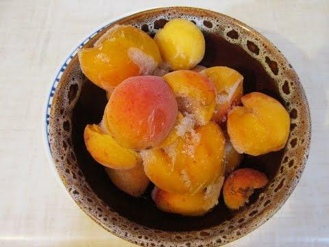 замороженный абрикосы в миске
