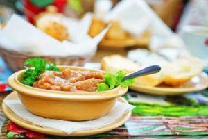 Рецепты, как приготовить икру из огурцов на зиму «пальчики оближешь»