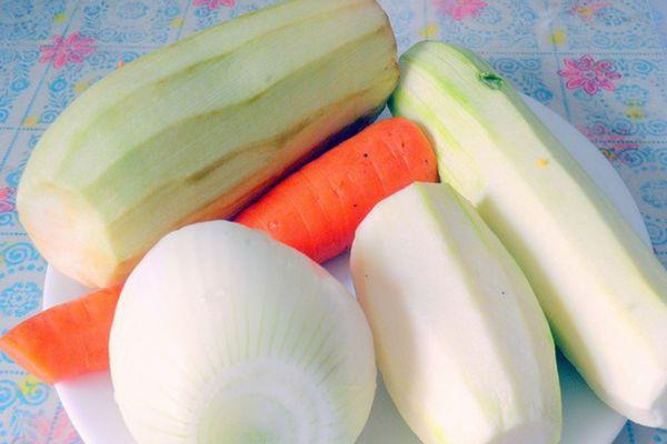 Очищенные овощи