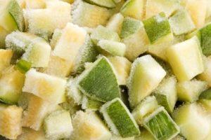 ТОП 10 способов, как в домашних условиях заморозить огурцы на зиму свежими и солеными