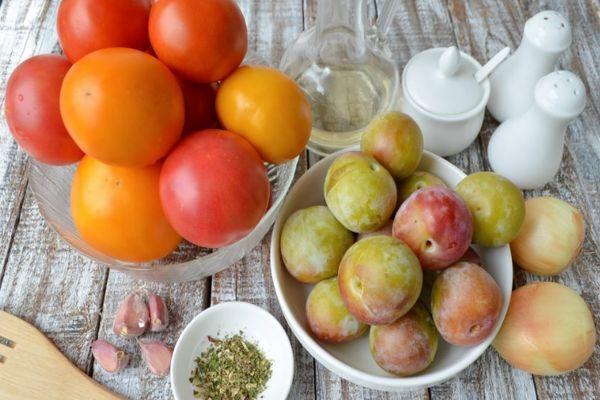 помидоры и алыча