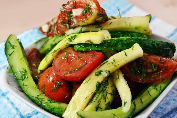 помидоров с огурцами