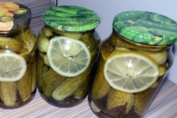 огурцы с лимоном в литровых банках