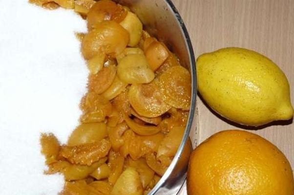 абрикосы без косточек с сахаром и апельсином, лимоном