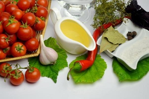ингредиенты для помидоров с медом
