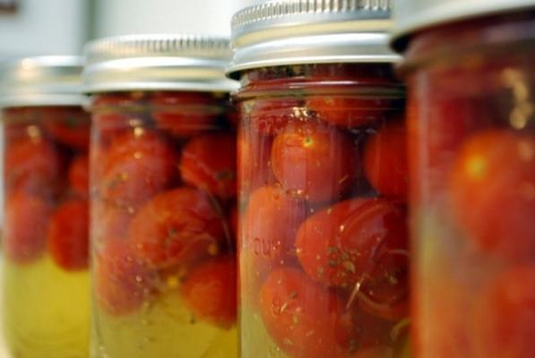 помидоры в банке с медом