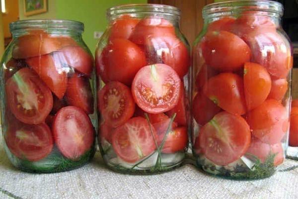 помидоры половинками в банках