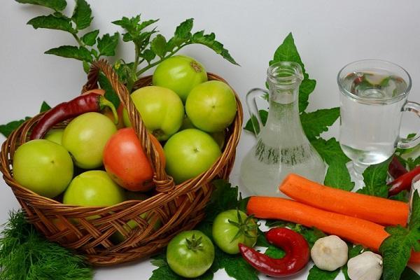 ингредиенты для квашеных томатов