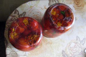 Рецепт маринованных помидоров с бархатцами на зиму, условия и сроки хранения