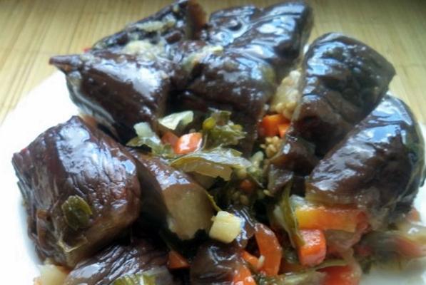 баклажаны квашеные с морковью и сельдереем