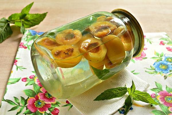 прозрачный компот из абрикосов