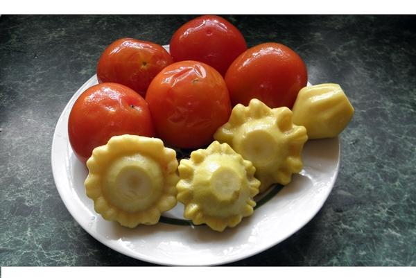 патиссоны с помидорами