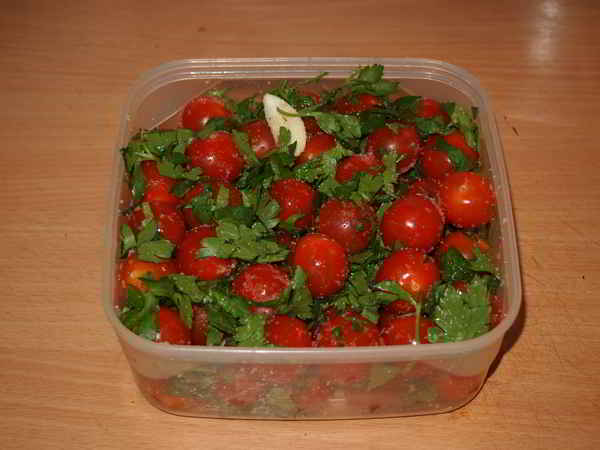 малосольные зеленые помидоры по армянски