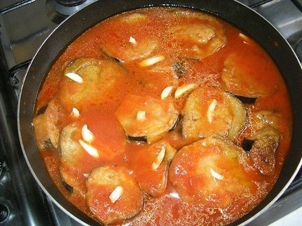 приготовление баклажан в томате