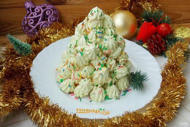 Торт «Новогодняя елочка из безе»