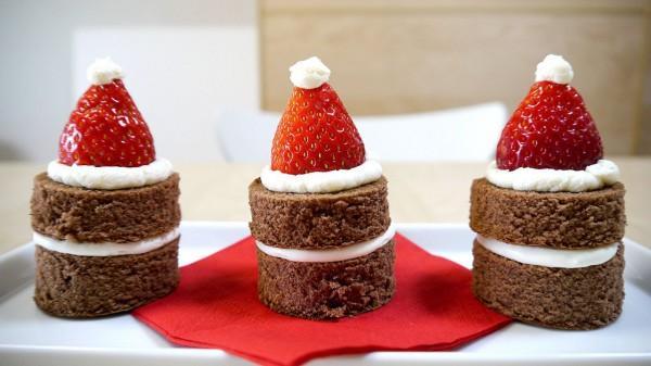 Новогоднее пирожное «Санта»