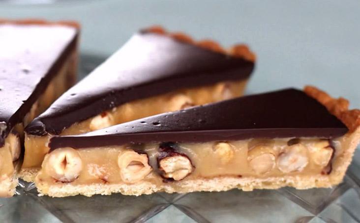 Карамельно-ореховый десерт без выпечки