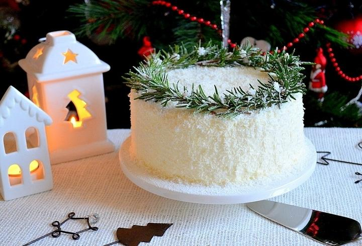 Торт кокосовый «Новогодний»