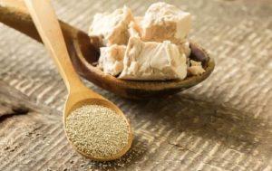 Как правильно подкормить перец дрожжами и рецепты приготовления удобрения