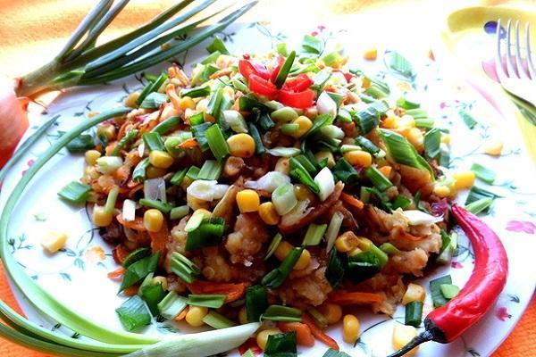 салат с чечевицы