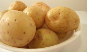 Описание и характеристика сорта картофеля Молли, правила посадки и уход