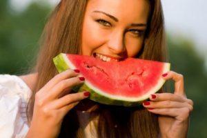 Полезные свойства и вред от арбуза для организма человека, как правильно употреблять