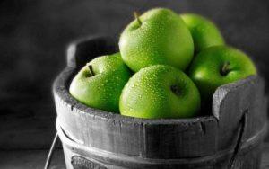 Описание и характеристика яблок Гренни Смит, особенности посадки и ухода