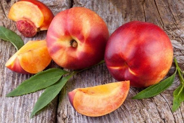 листья персик