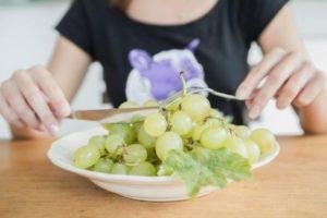 Польза и вред виноградных ягод для организма человека, целебные свойства