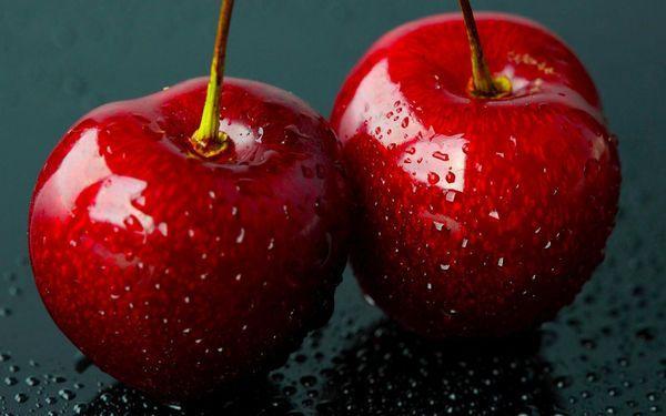 две вишни