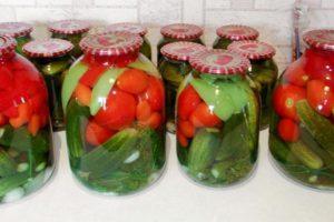 11 простых рецептов маринованных огурцов с помидорами на зиму