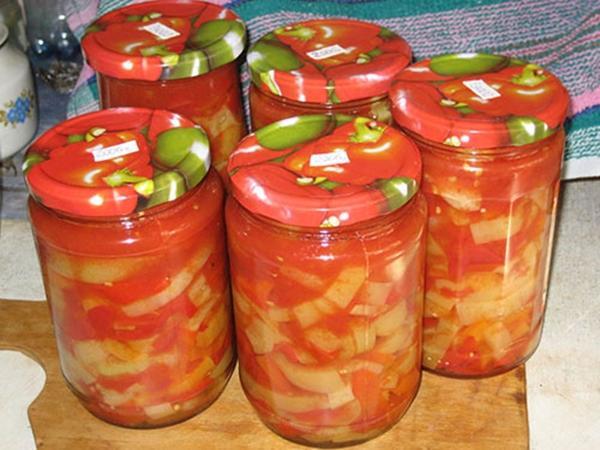Сладкие помидоры с чесноком и маслом