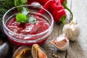 ТОП 10 рецептов приготовления соуса ткемали из красной и желтой алычи на зиму в домашних условиях
