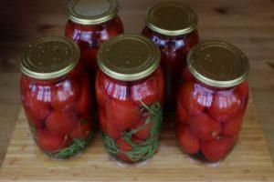 13 лучших рецептов засолки сладких помидор на зиму