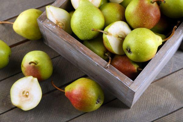 фрукты в ящике