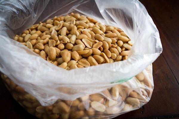 арахис в пакете
