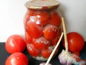 14 вкусных рецептов приготовления помидоров с чесноком на зиму