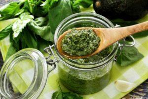 12 лучших рецептов приготовления зелени на зиму в домашних условиях