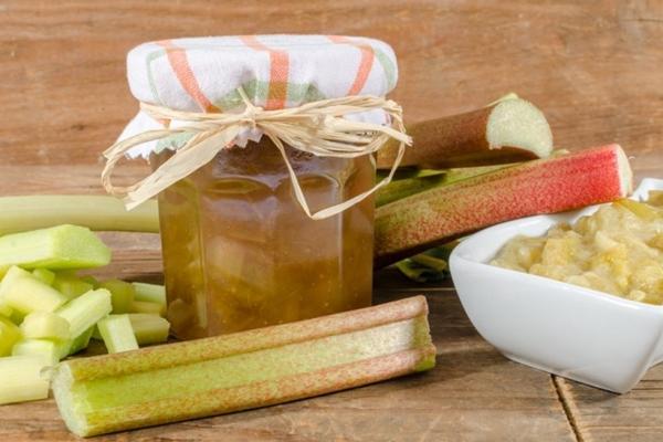 Вкусное варенье из ревеня с бананами