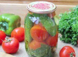 8 простых рецептов приготовления ассорти из помидоров и огурцов с лимонной кислотой на зиму