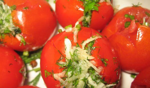 рецепт чесночных помидор