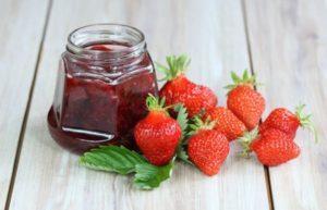 8 лучших рецептов приготовления варенья из клубники с цельными ягодами на зиму