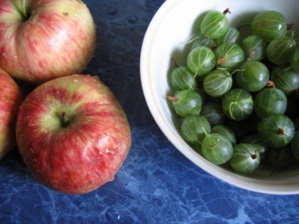 крыжовник и яблоки