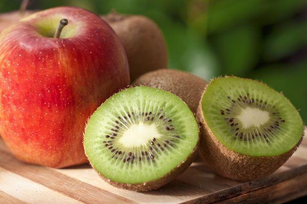 яблоки и киви