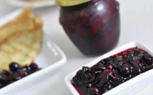 ТОП 5 рецептов приготовления черной смородины в собственном соку без сахара на зиму